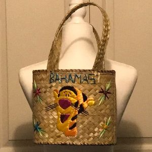 cadf856d02 Handbags - Straw Bahamian Tigger purse and wallet. NWOT